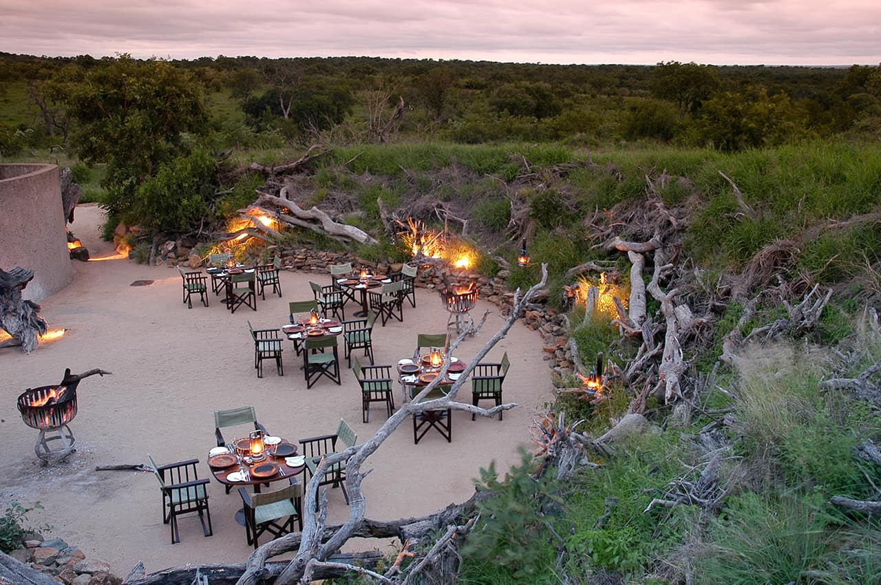 Boma, Earth Lodge