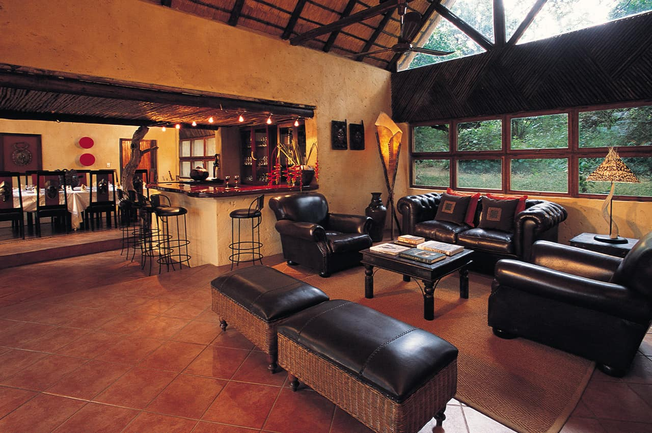 Lounge, Pondoro Game Lodge