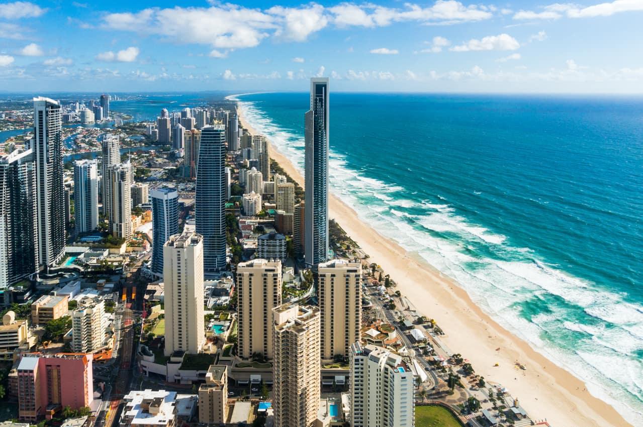 Praia Surfers Paradise, Gold Coast, Austrália