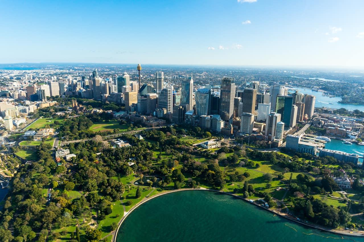 Vista aérea Sydney e Royal Botanic Gardens, Austrália