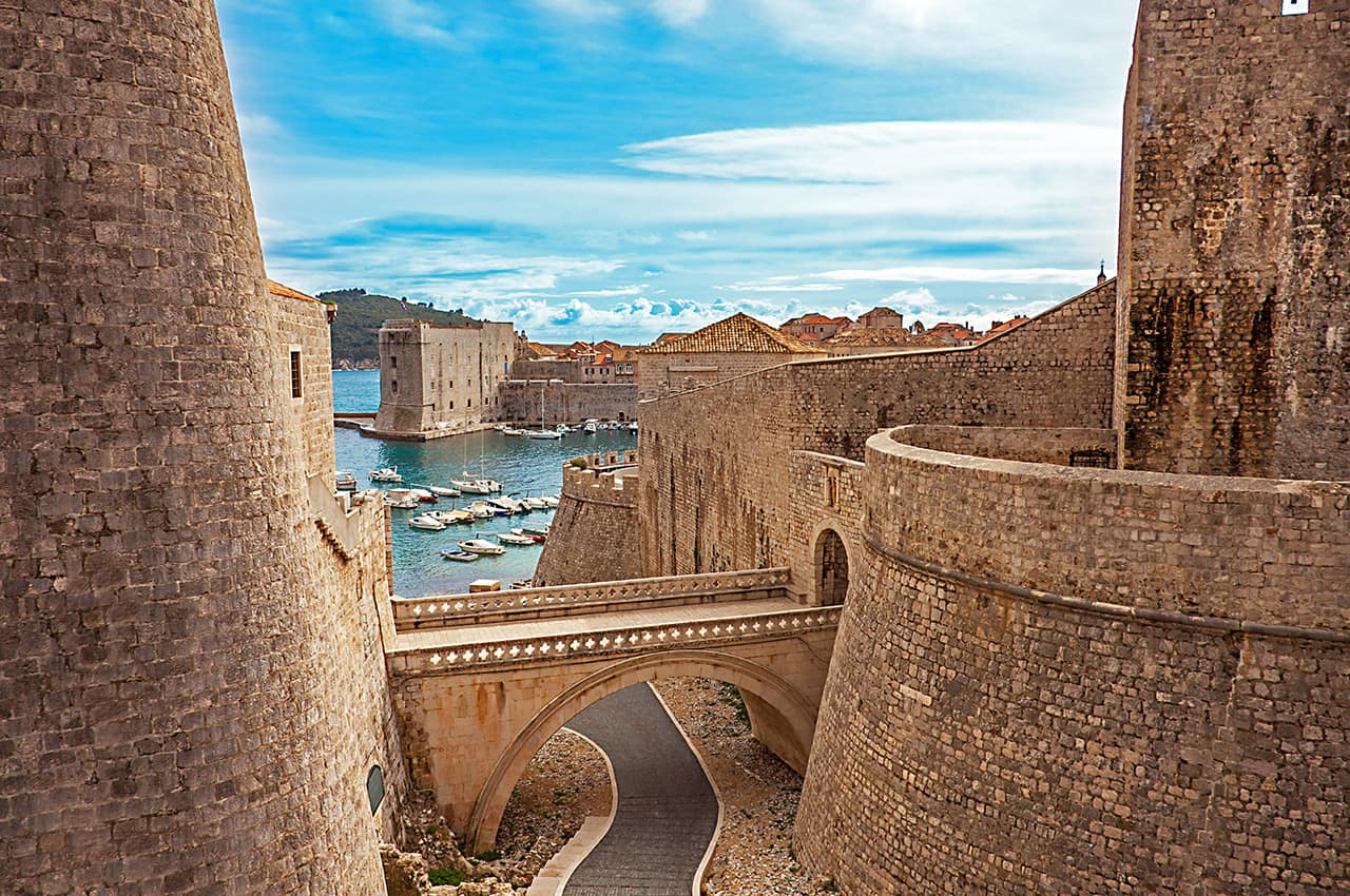 Cidade antiga e porto de Dubrovnik.