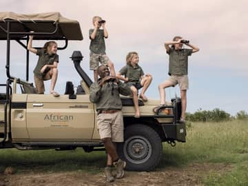 African bush camps thorntree river lodge safari crian as