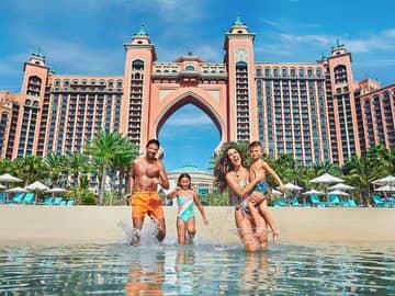 Atlantis the palm familia praia