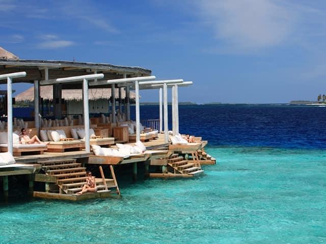 Chill six senses laamu maldivas