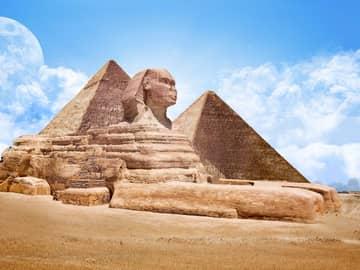 Esfinge, região do Cairo.