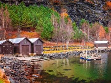 Pequena vila em Flam, Noruega