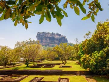 Sigiriya lion rock sri lanka