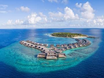 St regis maldives vommuli vista aerea