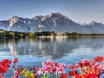 Self-drive na Suíça: entre lagos, montanhas, história e arte
