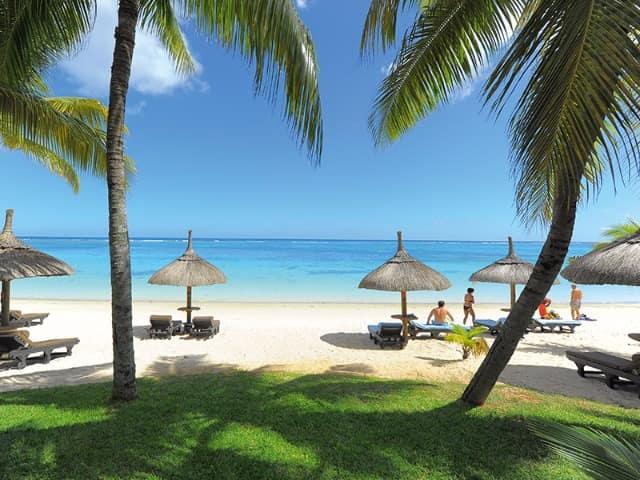Trou aux biches beachcomber golf resort spa