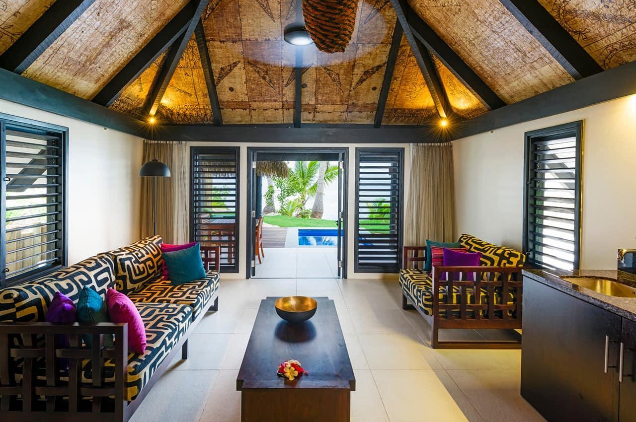 Lounge Beachfront Bure, Matamanoa Island Resort