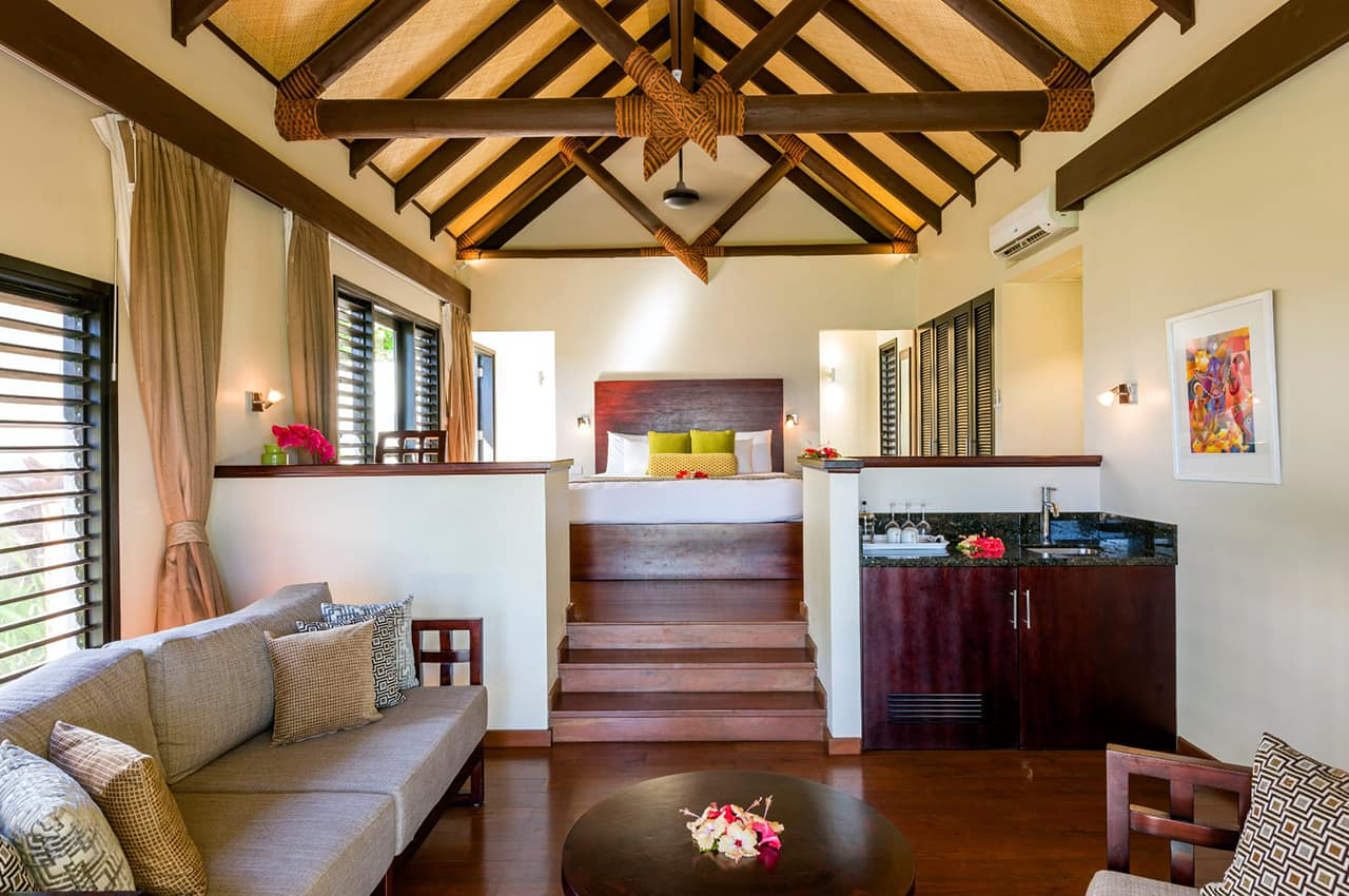 Lounge Beachfront Villa, Matamanoa Island Resort