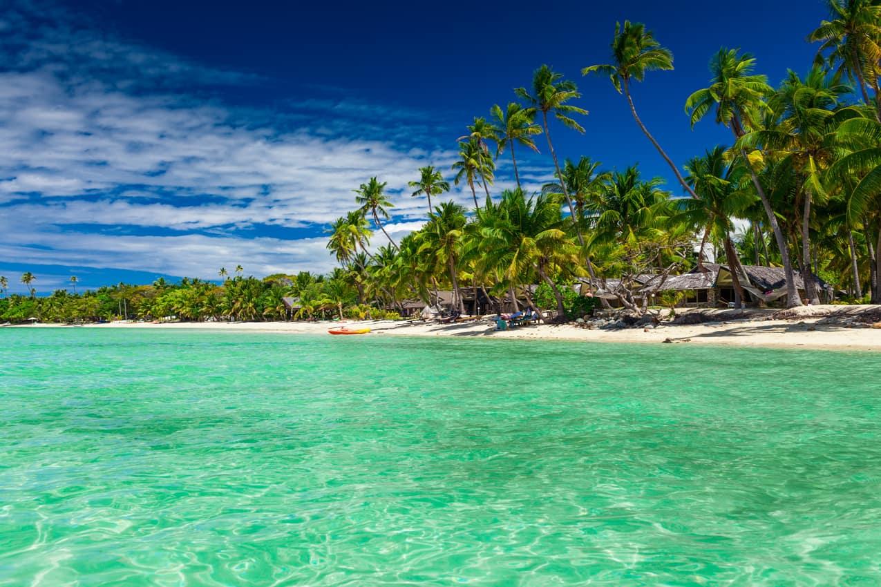 Praia agua cristalina Ilhas Fiji