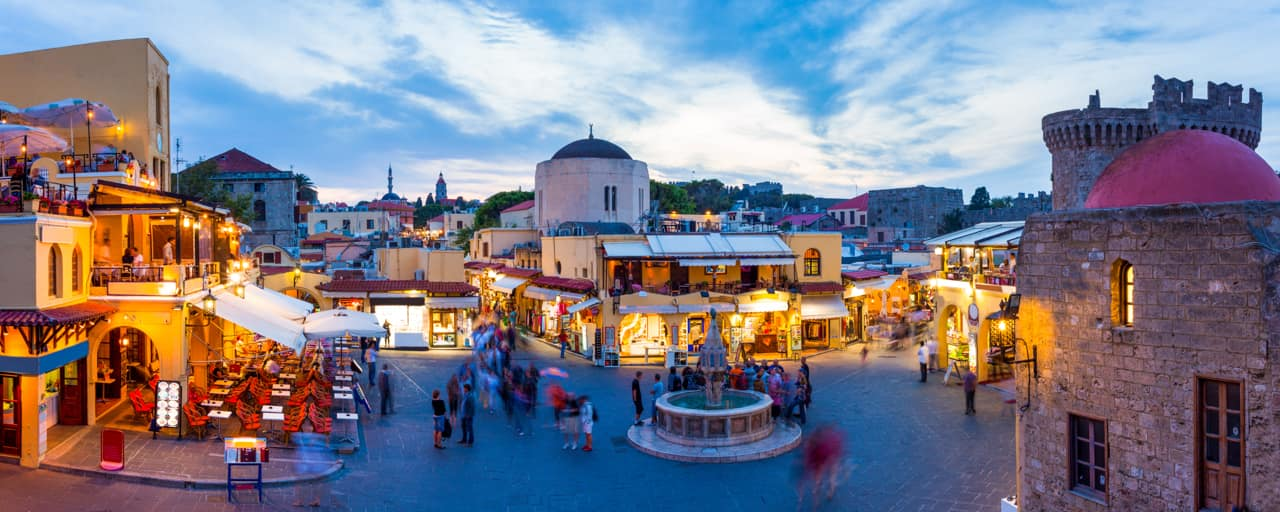 Praça hipocrates cidade velha Rodes, Grécia