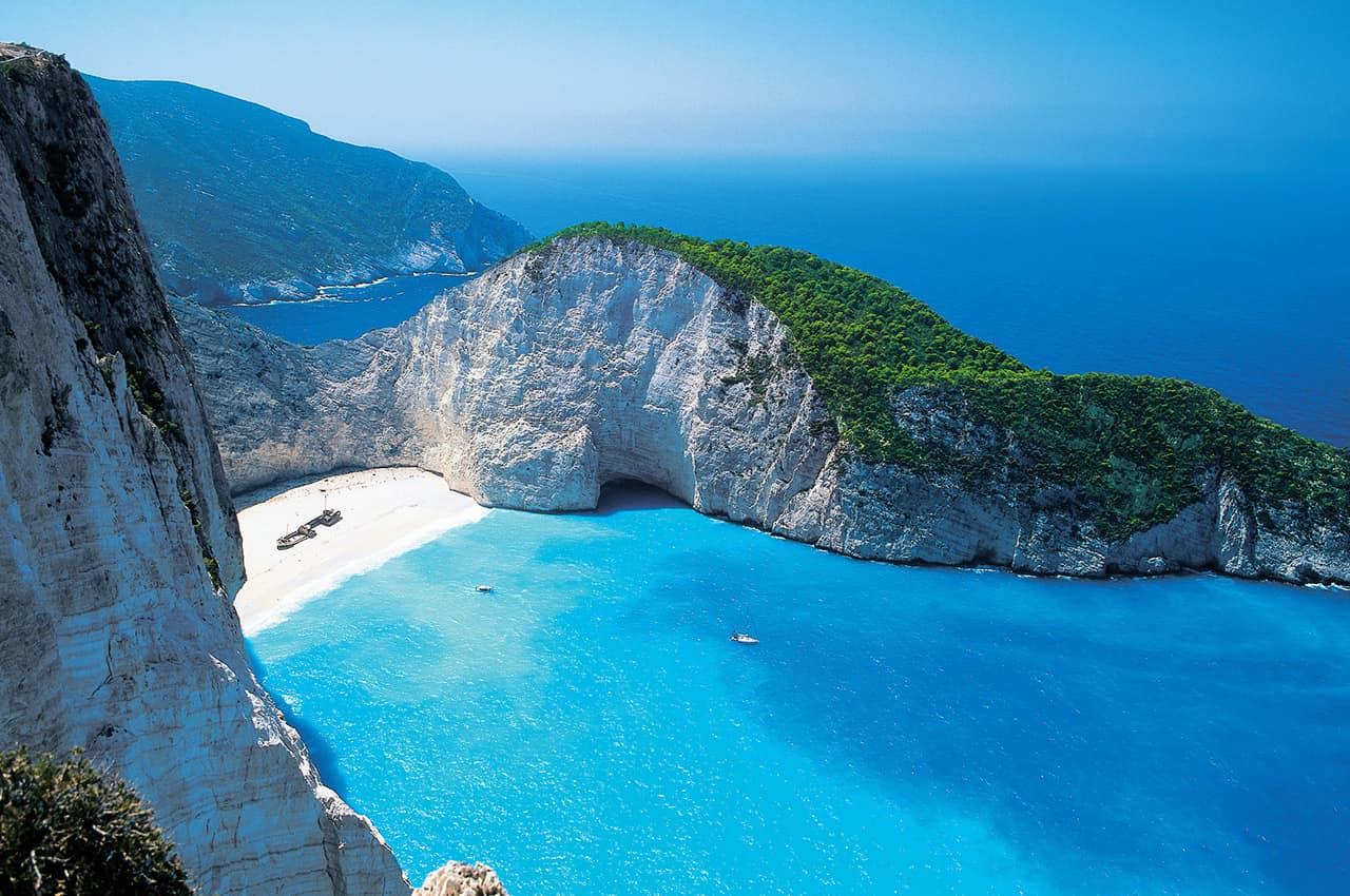 Praia paradisíaca em Zaquintos, Grécia