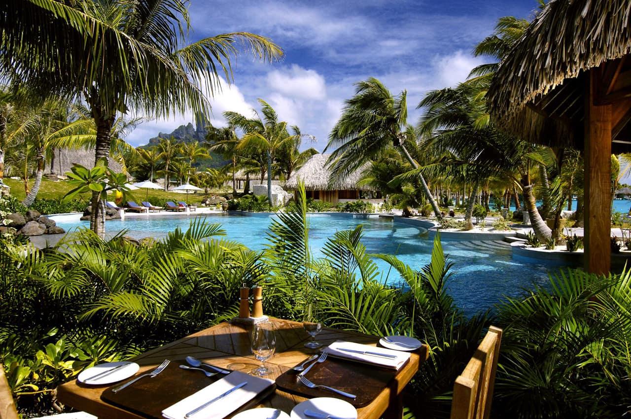 The St. Regis Bora Bora Resort, Tahiti | Hotéis Kangaroo Tours