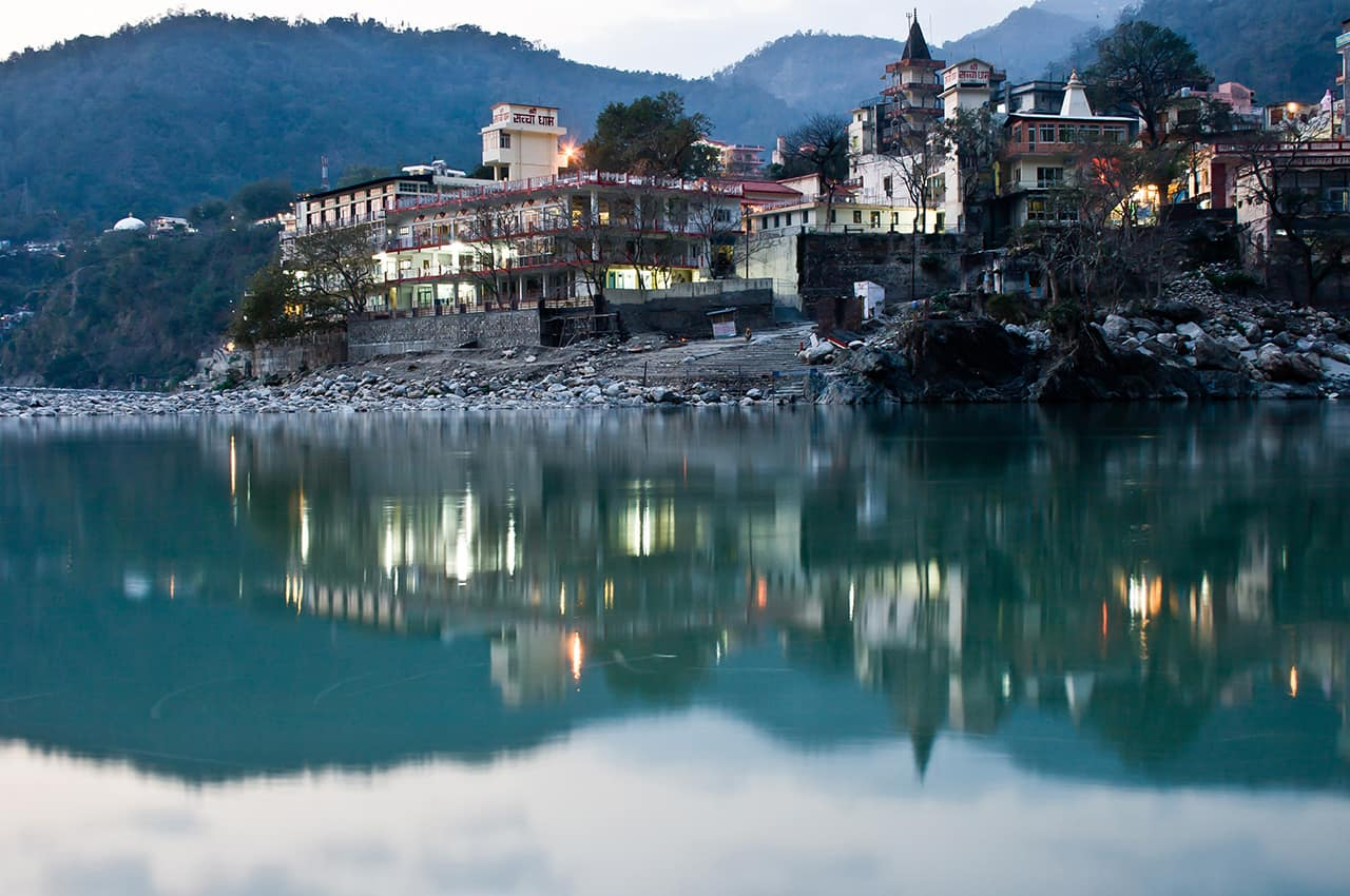 Pacote Índia: Palácio Indiano Sacred, Rishikesh, Capital da yoga
