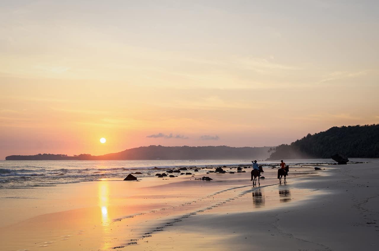 Cavalgada praia Nihiwatu