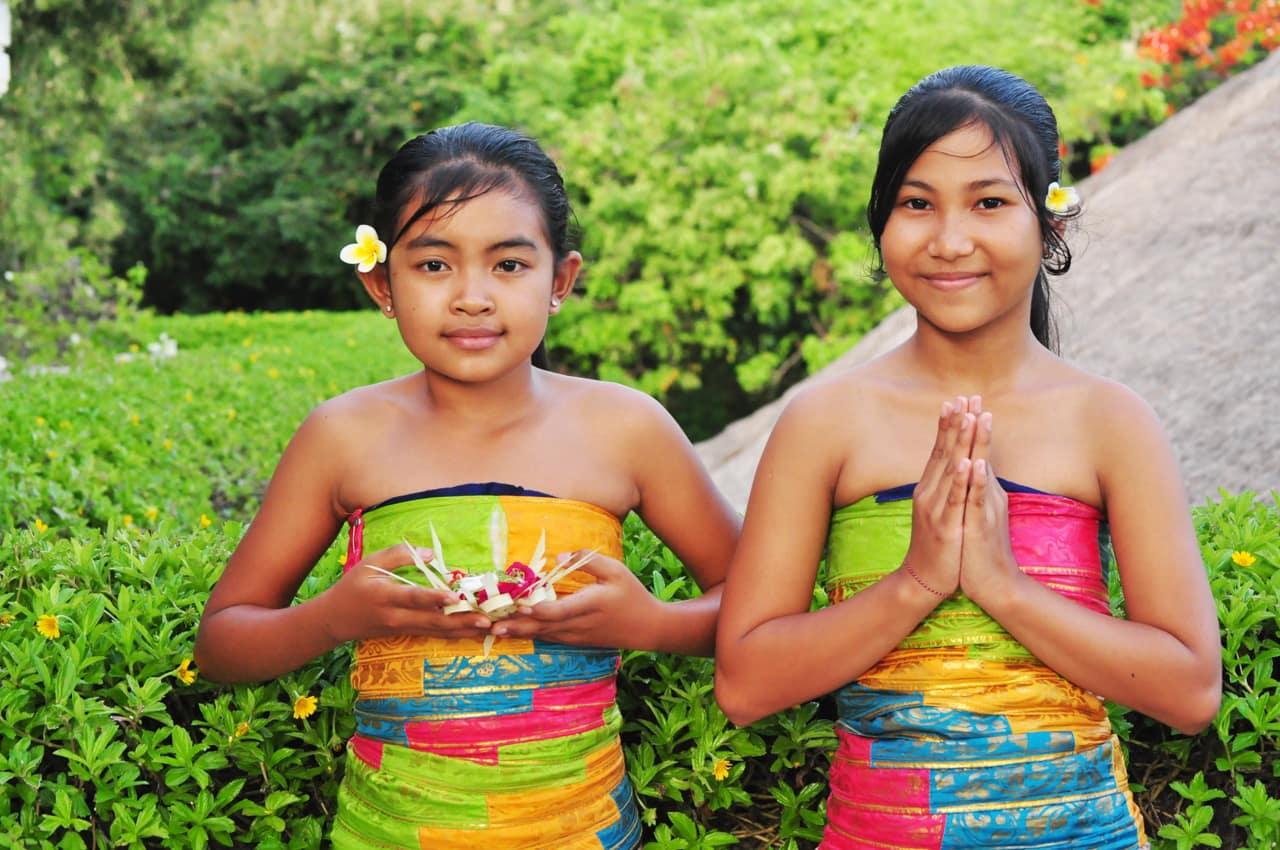 Garotas balinesas, Indonésia