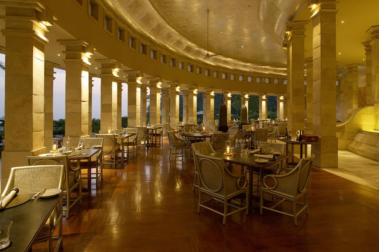 Restaurante, Amanjiwo