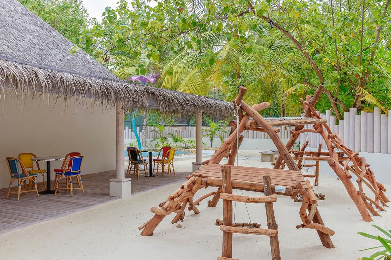 Kids club Kanuhura Maldives