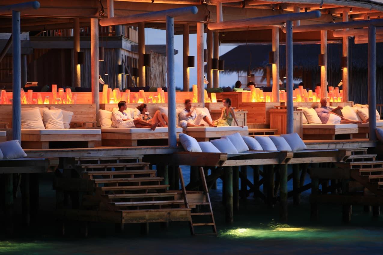 Restaurante Chill noite, Six Senses Laamu, Ilhas Maldivas