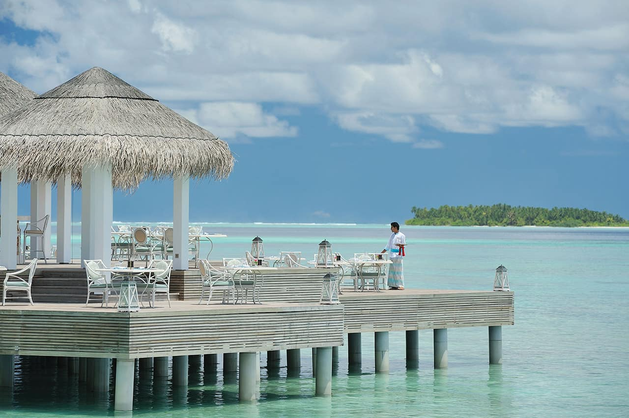 Restaurante Ocean Breeze, Ayada Maldives