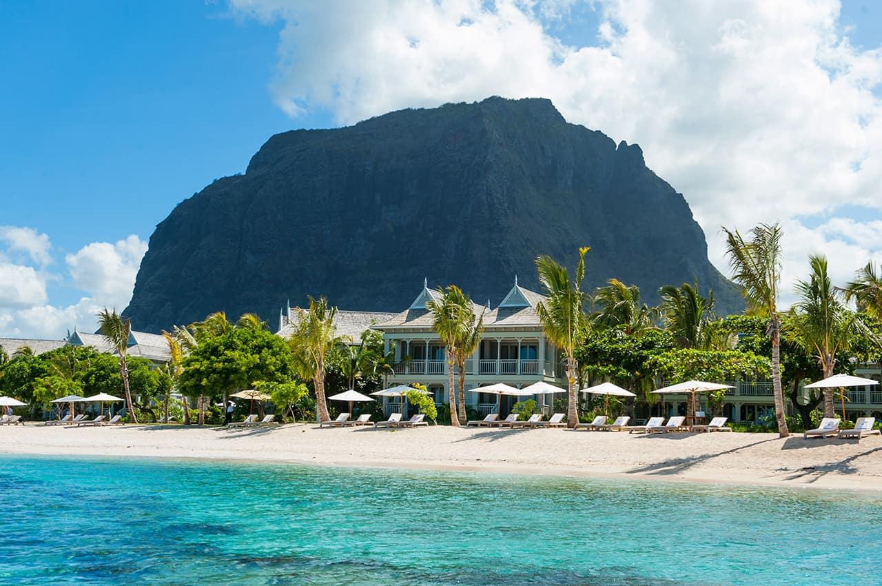 st regis mauritius resort praia le morne