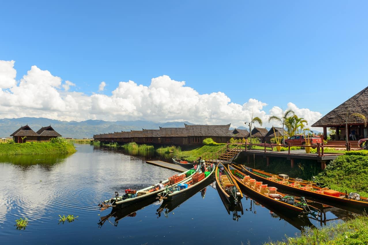 Viagem Myanmar barcos Lago Inle