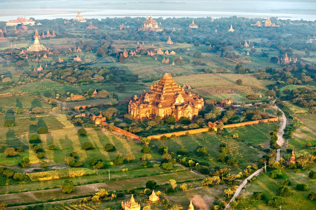 Vista aérea templos Bagan, Myanmar
