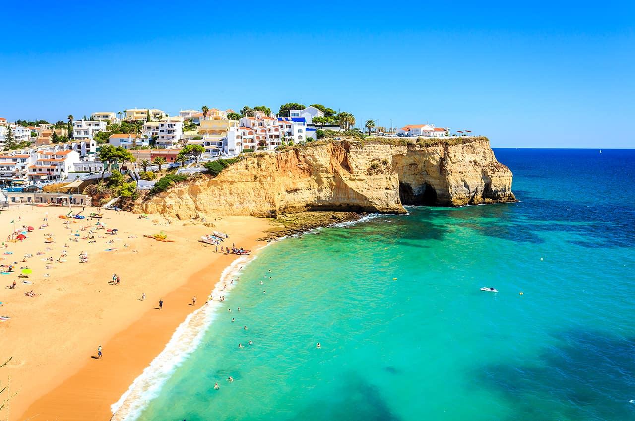 Praia de Carvoeiro portugal