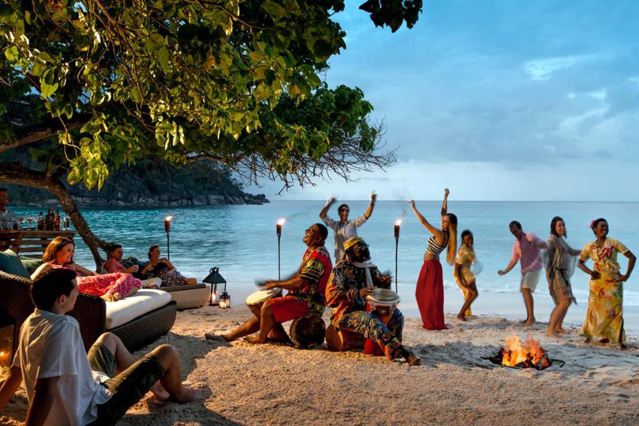 Entretenimento, Four Seasons Seychelles
