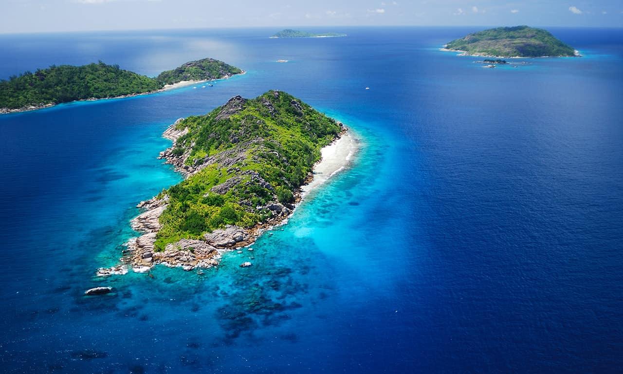 Felicite & Sisters Island