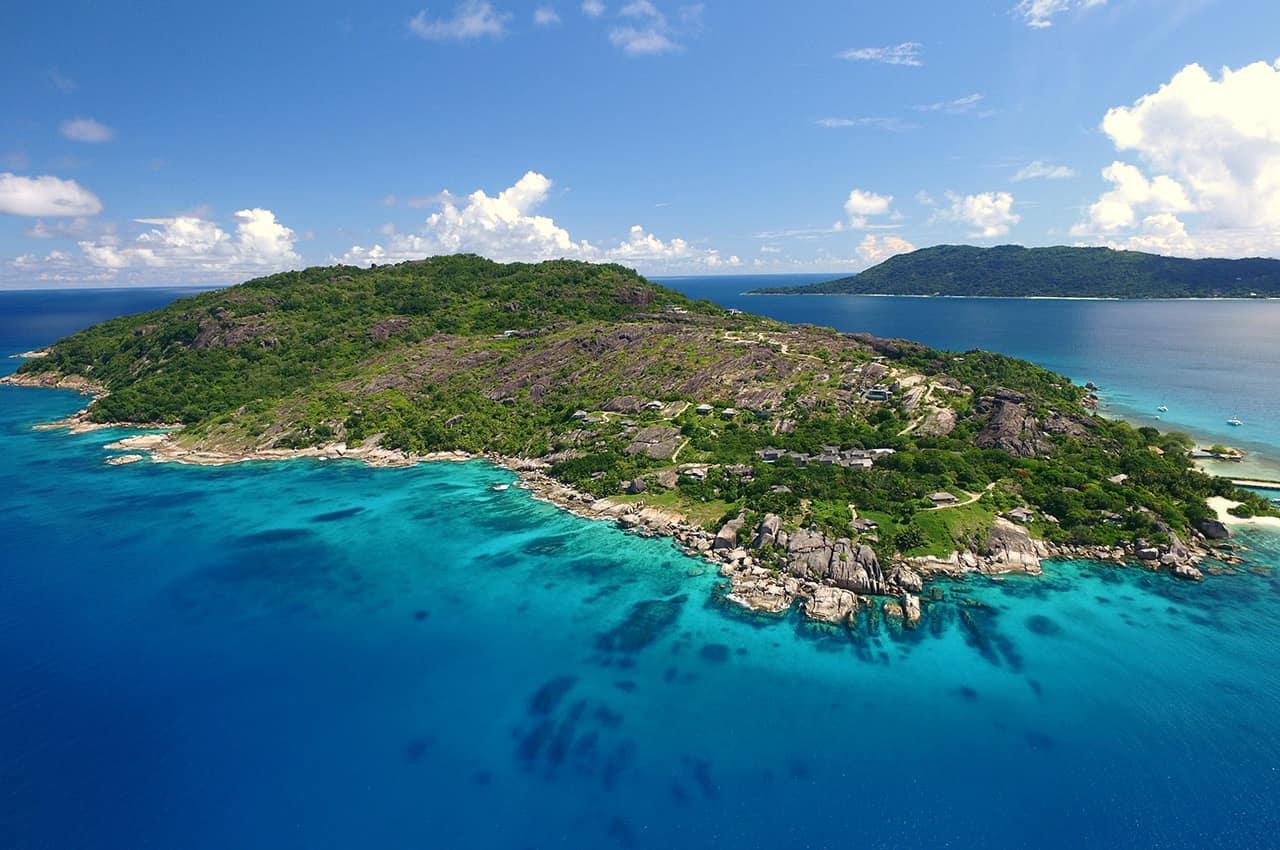 Vista aérea da ilha Felicite, Six Senses Zil Pasyon