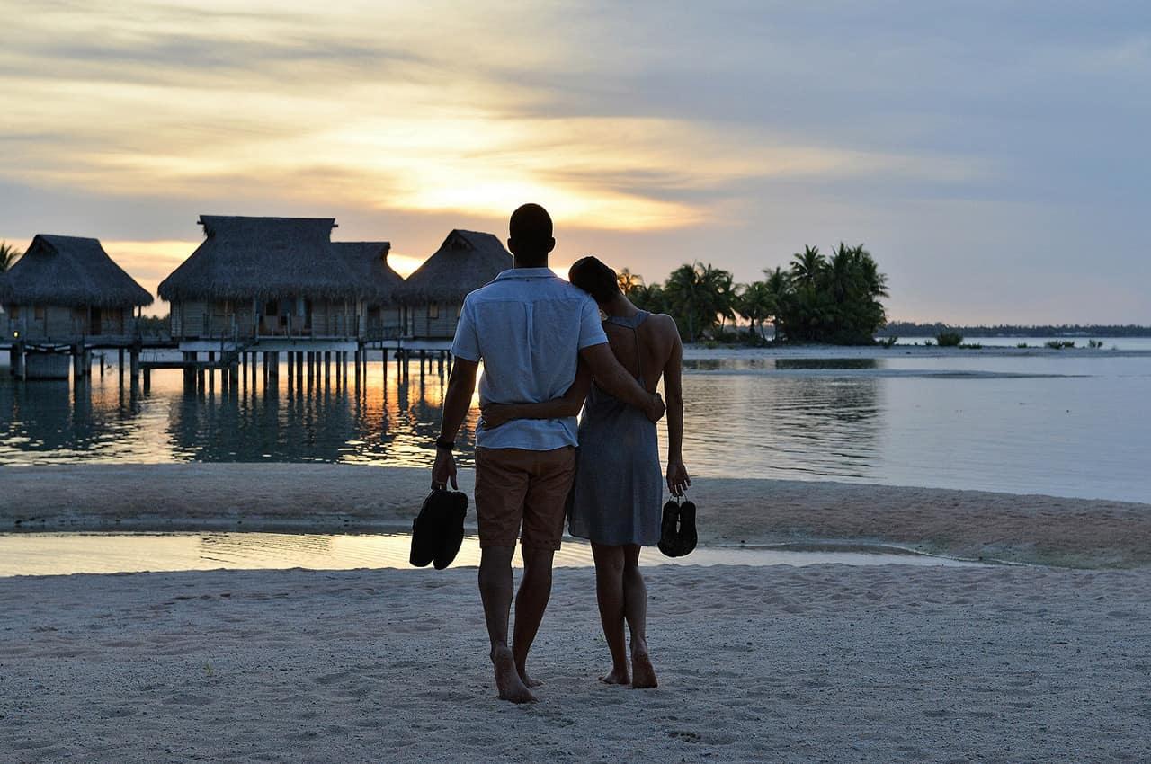 Casal no Tikehau Pearl Beach Resort