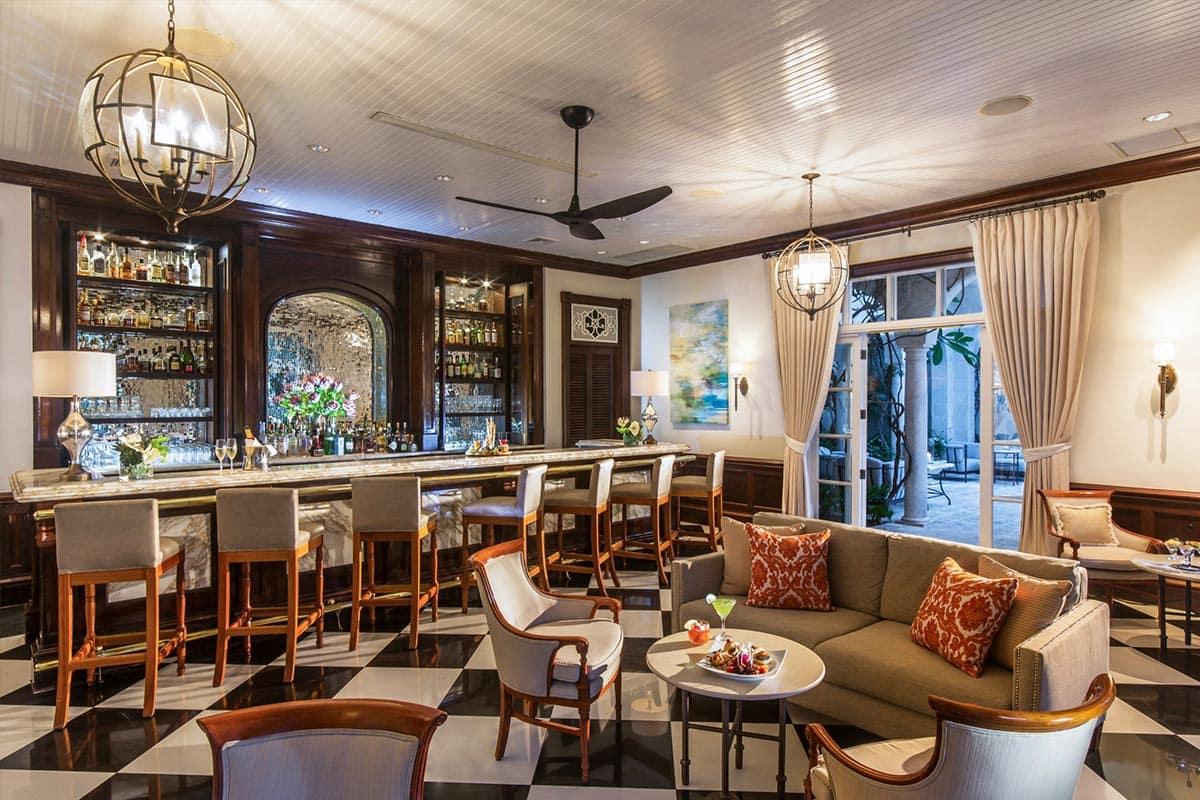 L'attitude Bar, The Palms Turks and Caicos
