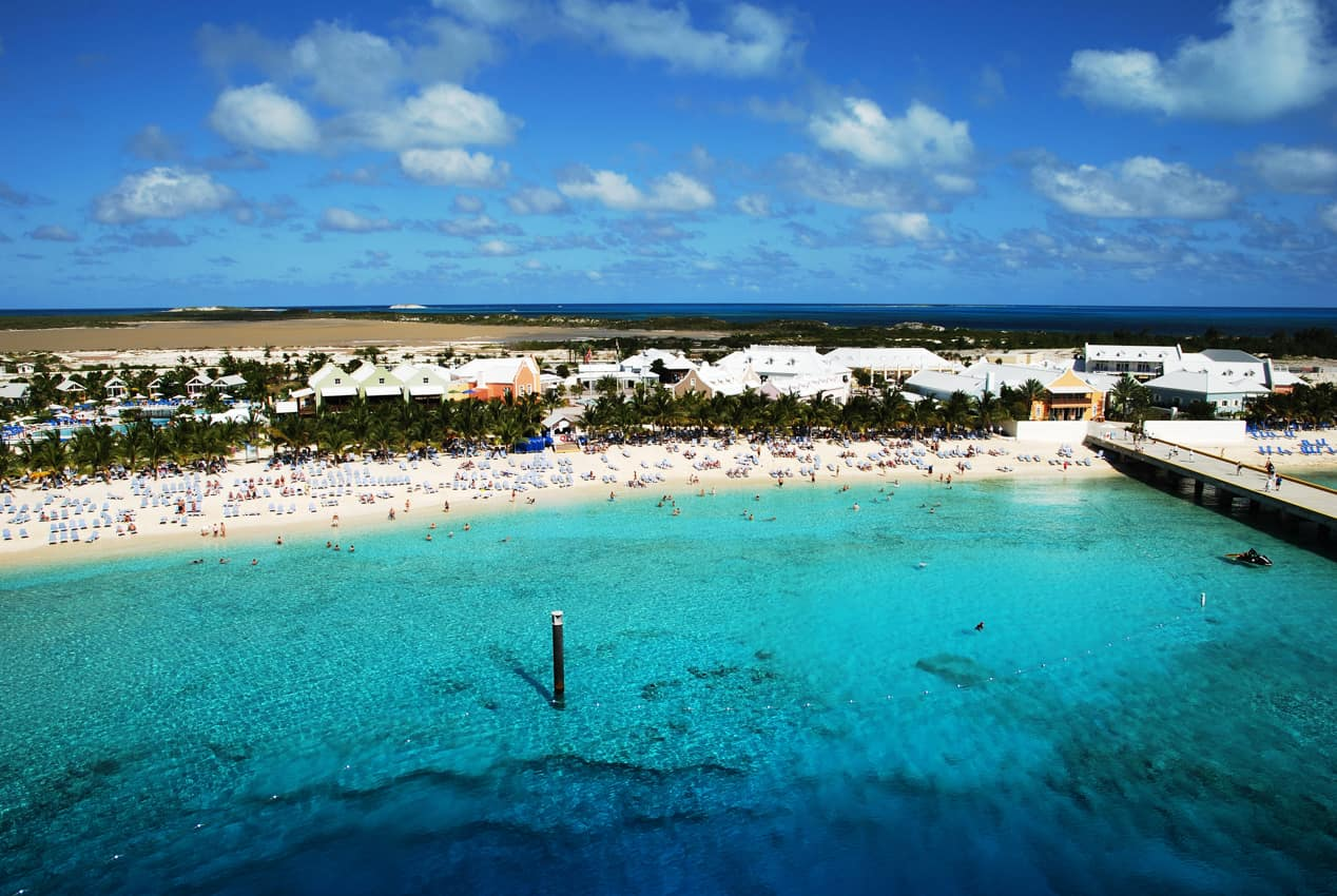 Vista aérea terminal cruzeiros ilha Grand Turk