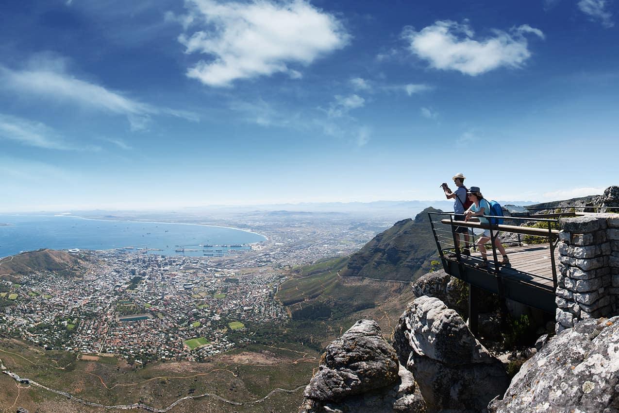 Vista panorâmica da cidade de Cape Town da Table Mountain