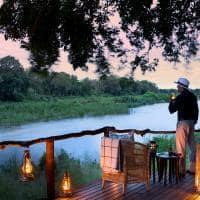 Deck com vista para rio Sabie, Tinga Lodge