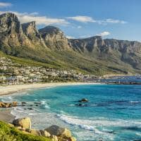 Montanha e praia Cidade do Cabo África do Sul