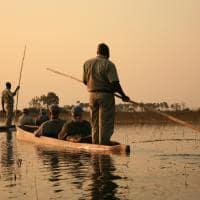 Barco mokoro Delta do Okavango Botswana