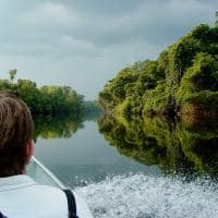 Cristalino lodge passeio de barco no rio