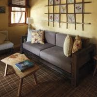 Pousada trijuncao quarto premium sofa