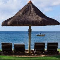 Tivoli praia do forte cadeiras praia