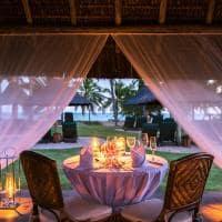 Tivoli praia do forte jantar a luz de velas