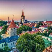 Pôr-do-Sol em Taline, Estônia.