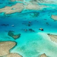 Águas cristalinas em Fiji