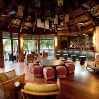 Dua Tale Bar, Likuliku Lagoon Resort