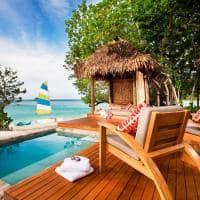 Exterior Deluxe Beachfront Bure, Likuliku Lagoon Resort