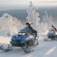 Finlandia saariselka snowmobile